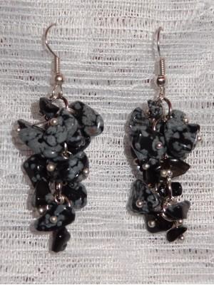 Auskarai kekės: snaiginis obsidianas, snaiginio obsidiano akmens skalda