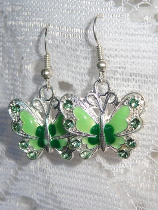 Žali drugeliai auskarai