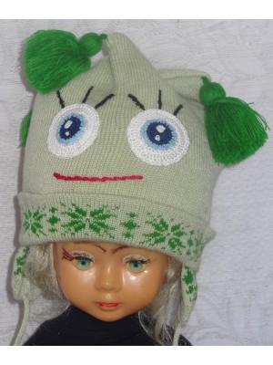 Žalsva žaisminga kepurė
