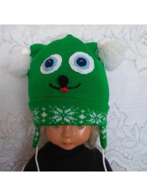 Žaisminga žalia kepurė