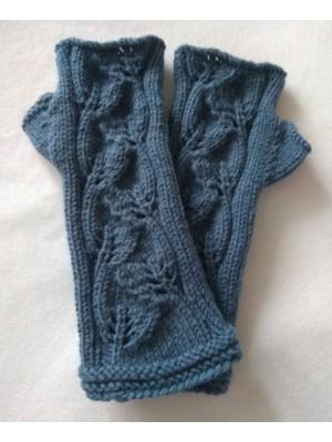 Džinso mėlynumo megztos riešinės su nykščiu