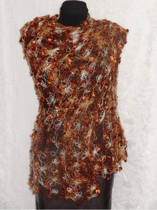 Rudas margas puošnus šalikas, skraistė