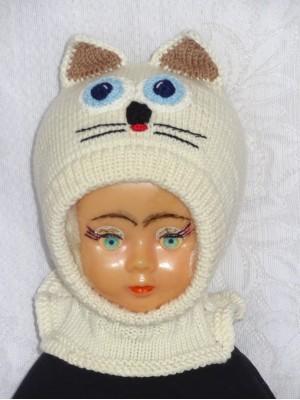 Merino vilnos kepurė šalmas Balta katytė