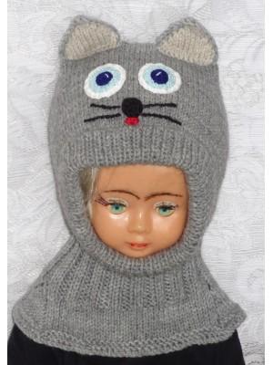 Pilkas katinas kepurė šalmas