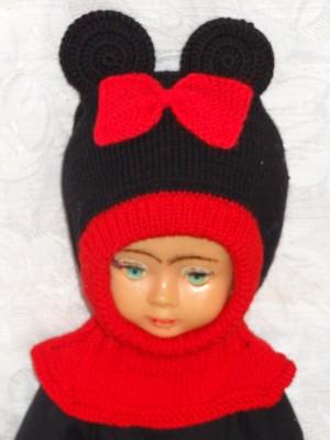 Kepurė šalmas mergaitei: Raudona pelytė iš merino vilnos